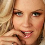 Jenny McCarthy Plastic Surgery – Are Those Boobs Real?