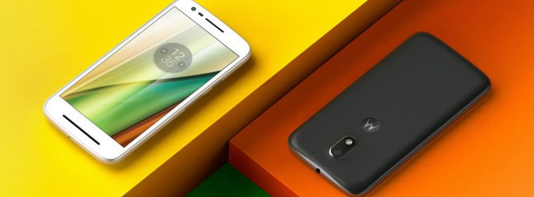 win a Motorola smartphone in this Plat4om giveaway