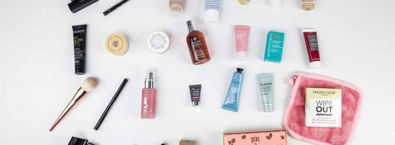top-ten-beauty-essentials-to-have-in-your-travel-bag