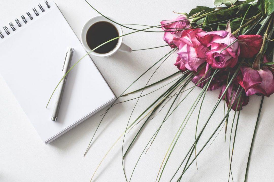 twenty-romantic-poems-for-the-perfect-couple