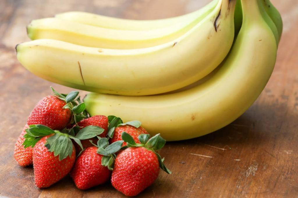 How To Make Strawberry And Banana Smoothie For Healthy Weight Loss