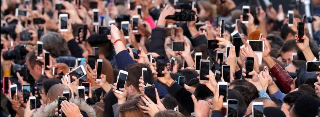 Six Methods To Keep Your Phone From Taking Over Your Productivity