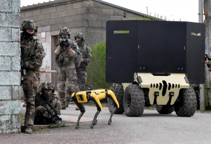 Modern Warfare: French Army Conducts Military Exercises Alongside Boston Dynamics Robot Dog, Spot