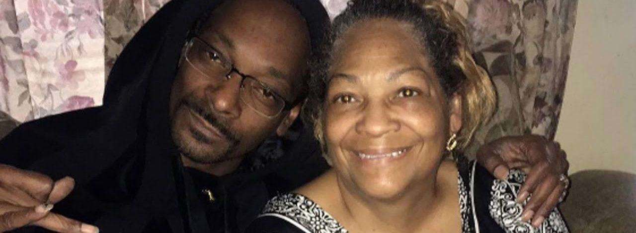 American Rapper Snoop Dogg Loses Mum Beverly Tate