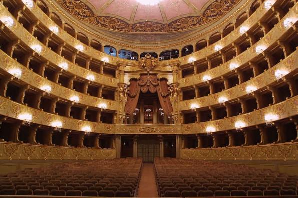 Platea Magazine - El Teatro San Carlos de Lisboa presenta su ...