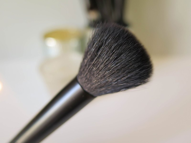 nyx-pro-contour-closeup