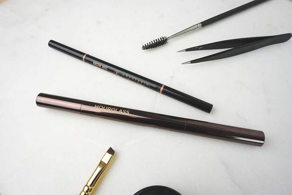 abh-brow-wiz-hourglass-arch-brow