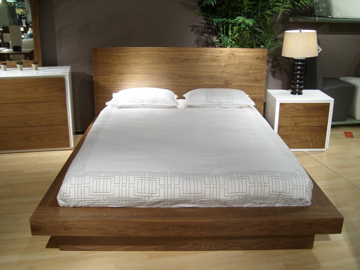 Juno Platform Bed