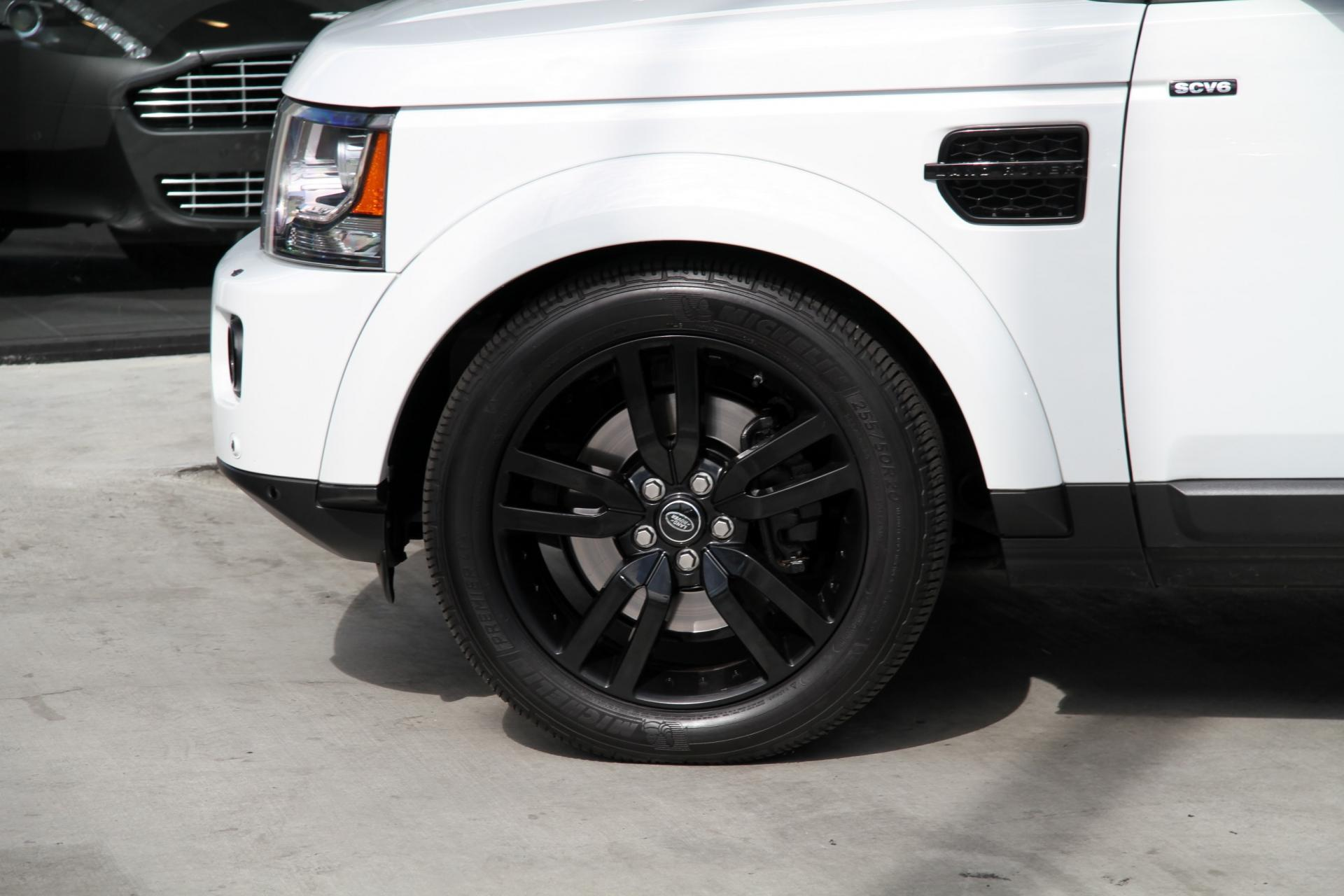 100 [ Land Rover Lr4 White Black Rims ]