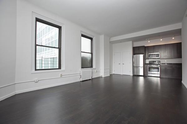 Is A 2 Bedroom Loft Apartment In Soho More Your Style Contact Our Licensed Agent Timur Mone For Showing