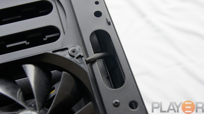 Thermaltake Chaser A31 Front Fan Cable Management