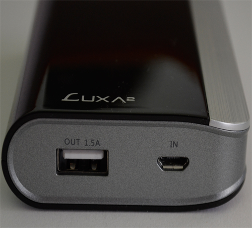 Luxa2 EnerG Closer Bottom USB