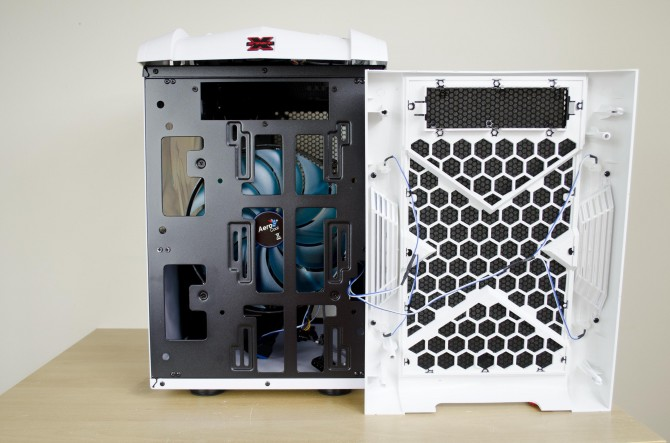 AeroCool Strike X Cube exterior front panel removed