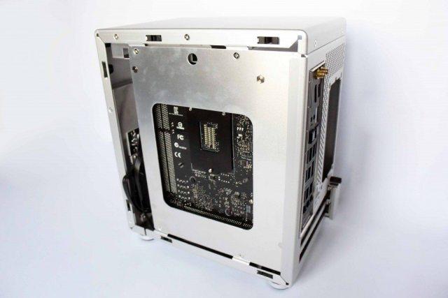 Lian Li PC-Q21A - full install reverse
