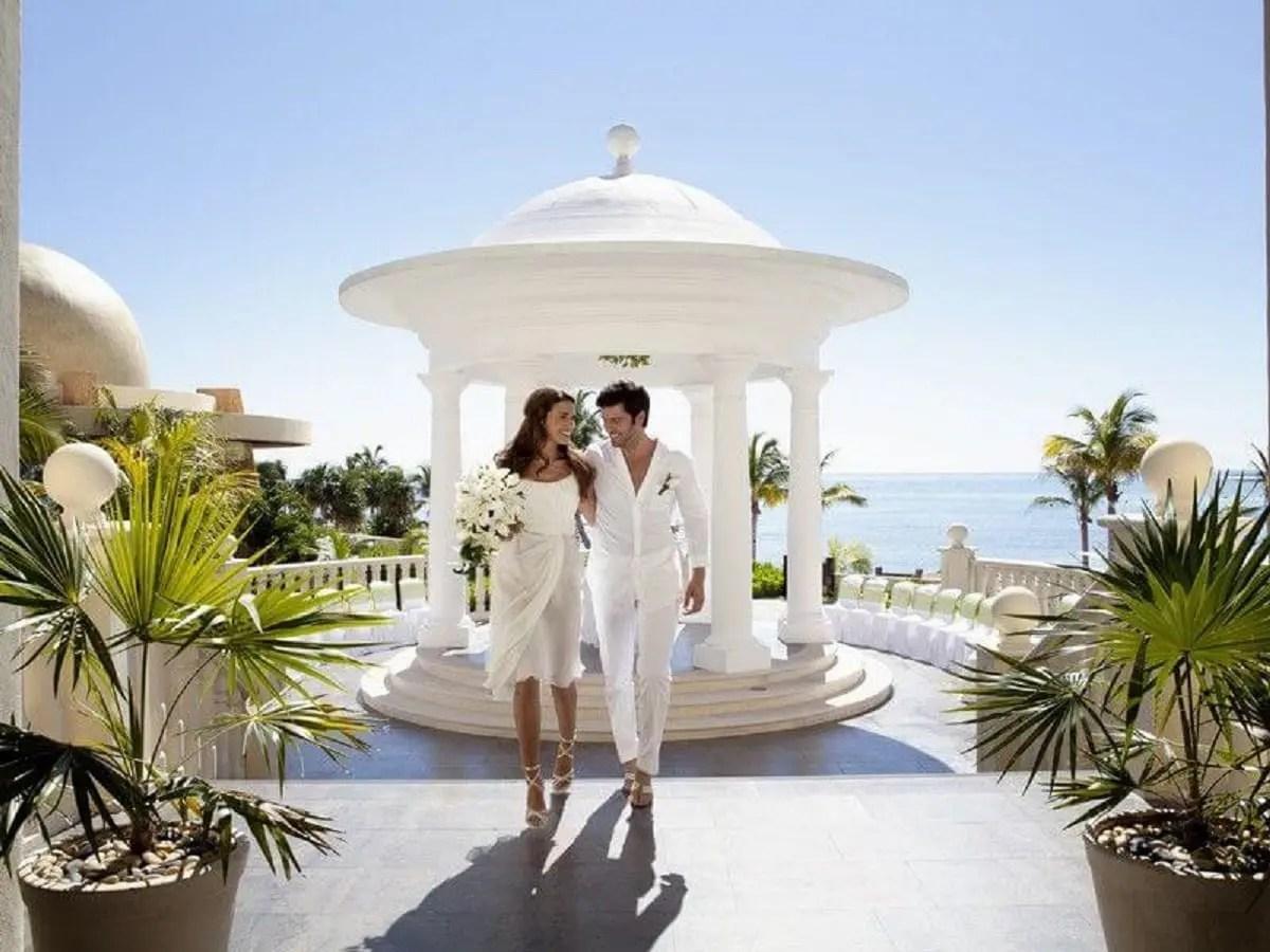 Wedding by the beach in Playa del Carmen