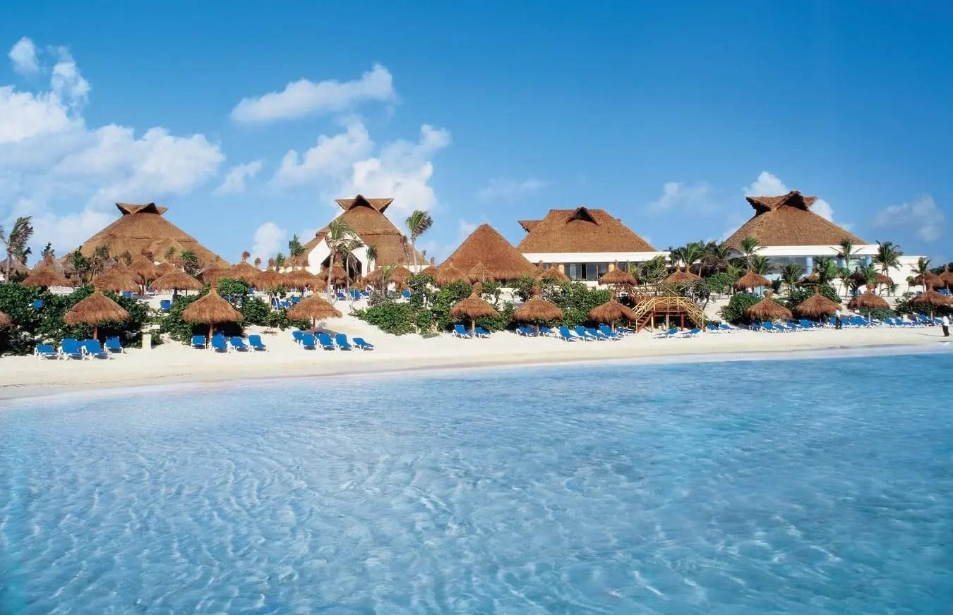 akumal resort near beach