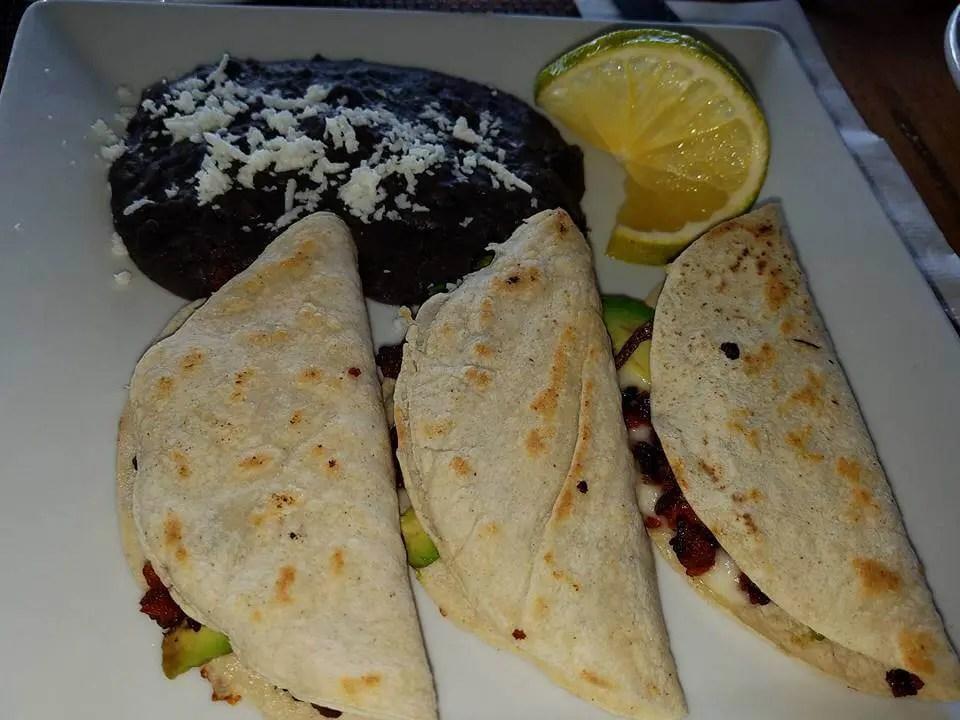 Quesadillas with small lemon in Akumal