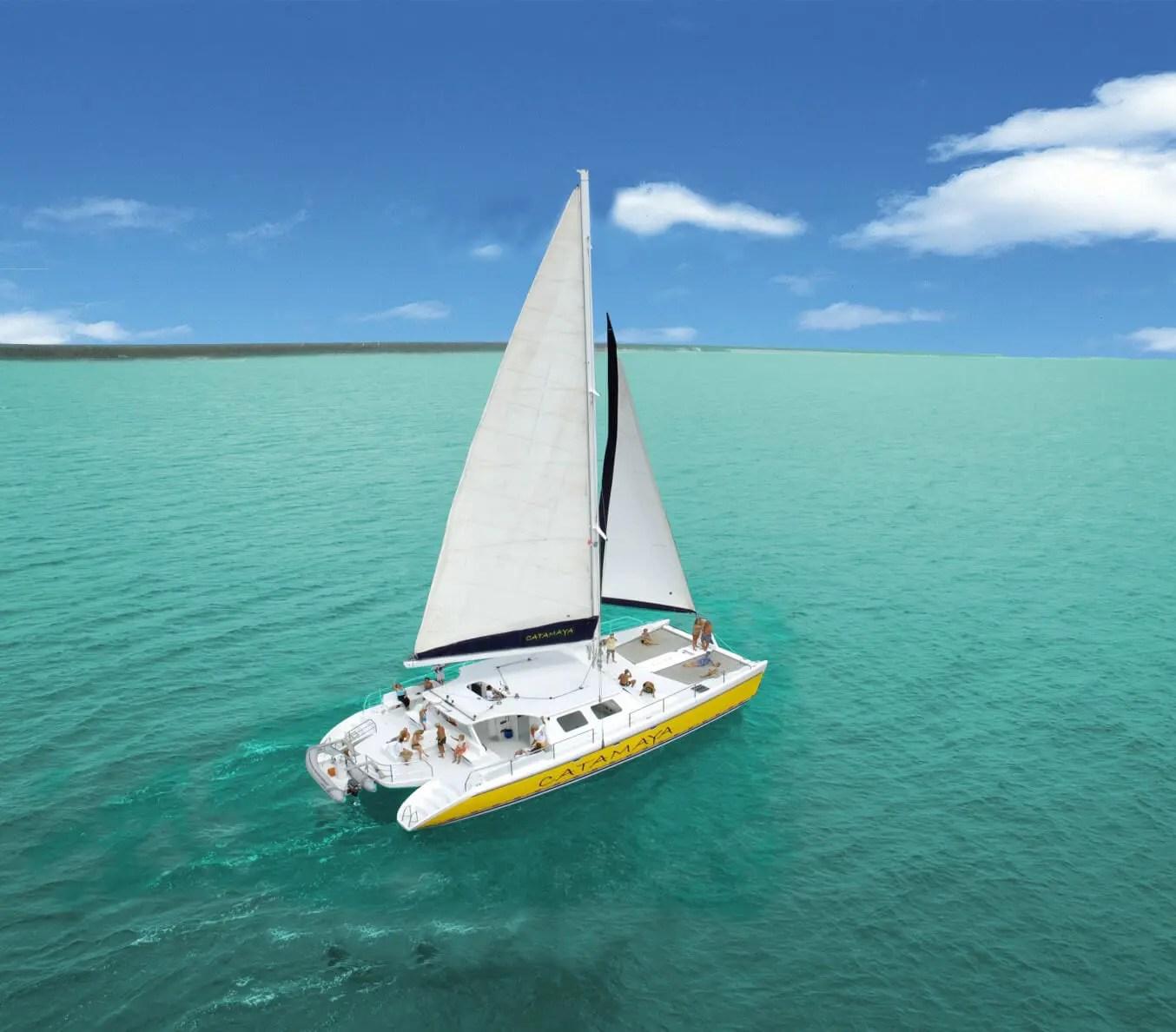 Catamarani n akumal