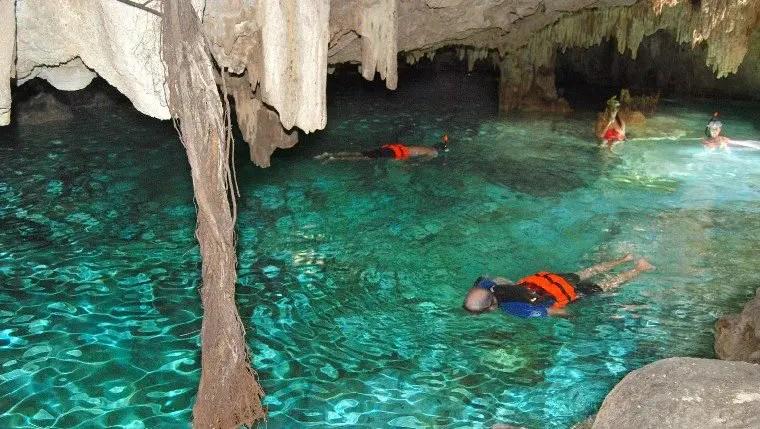 Aktun Chen underwater river