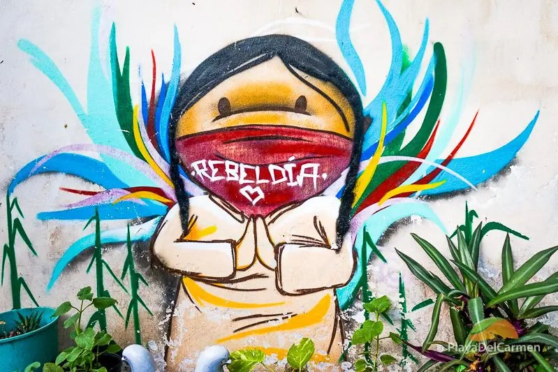 Street art Playa del Carmen at El Jardin de Todas