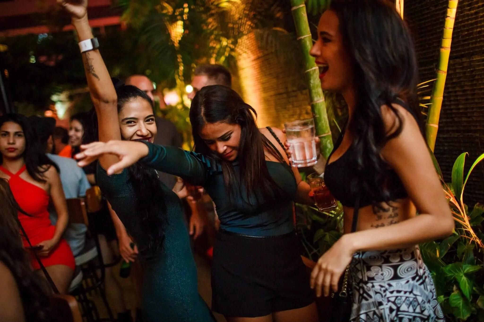 Ladies Night: Drink For FREE Every Night in Playa del Carmen