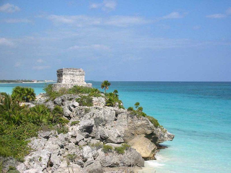 Mayan pyramids Tulum Mexico