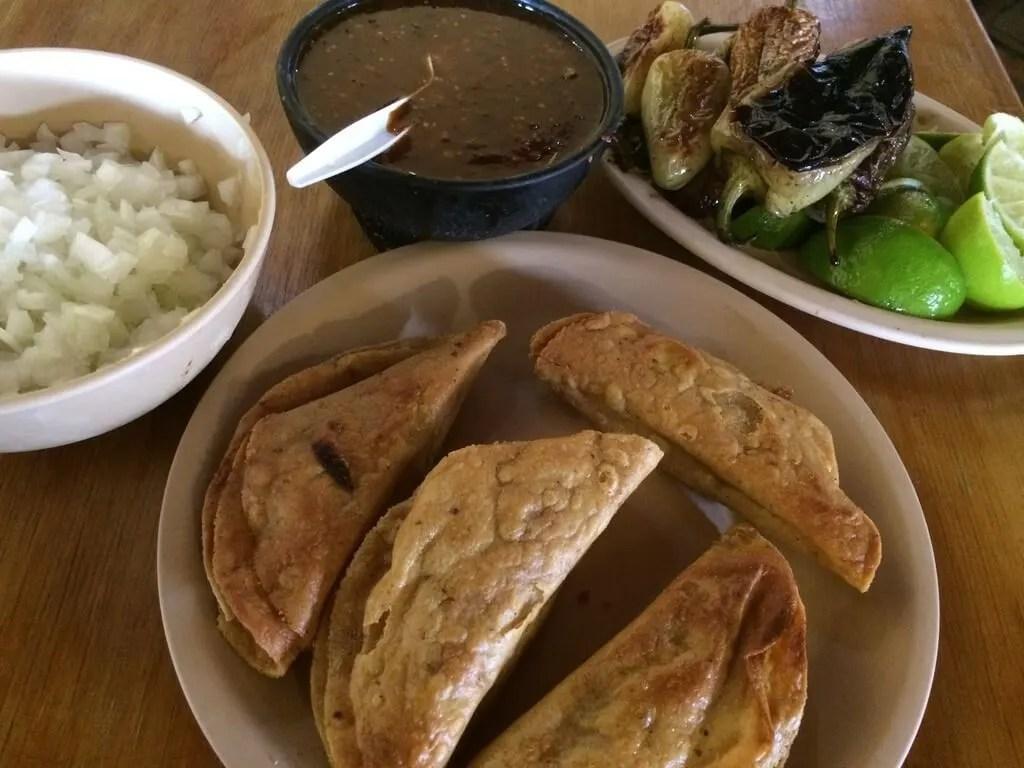 Tacos de Barbacoa Omar Carlos
