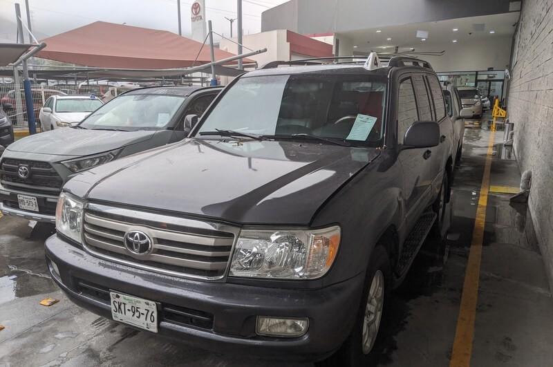 Buying a car in Mexico