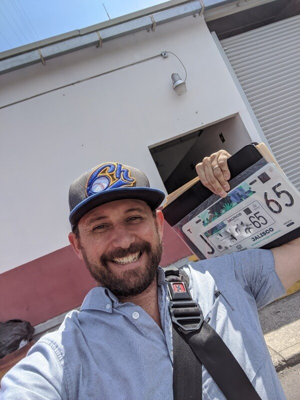 Registering a car in Mexico