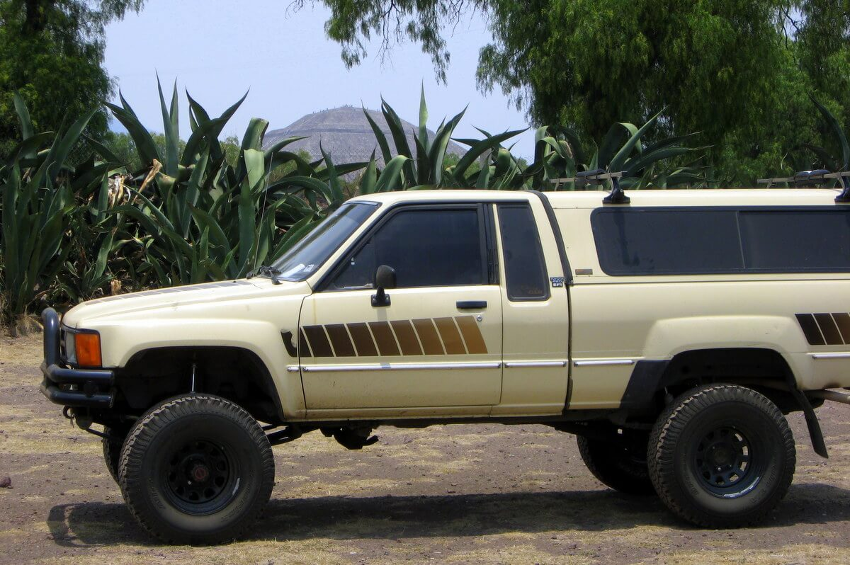 1985 Toyota pickup in front of Teotihuacan pyramid in Mexico