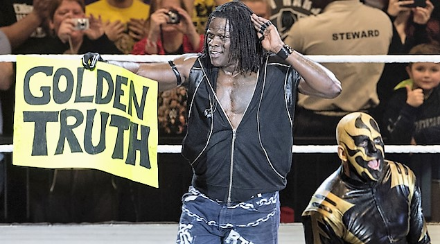 Goldust and R Truth vs The Shining Stars