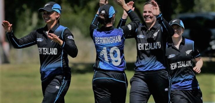 Tahuhu, Kerr defeat Pakistan | Women's T20