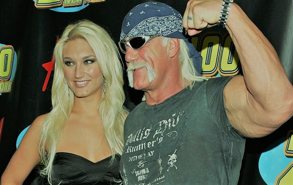 WWE Rumors: Hulk Hogan making a comeback? His daughter thinks he will!