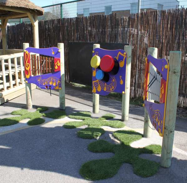 Playcubed, Valley Provincial, Primary school playground, playcubed project, musical play panel, South East playground installation, bespoke playground design