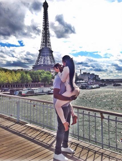 Sam Dekker Girlfriend Kissing