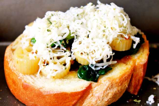 Bruschetta with Spinach Pasta Topping 2