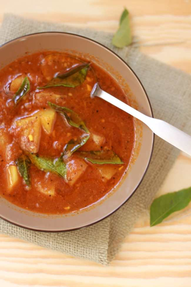 Rasam with Pear (Tangy Tomato based Indian Soup) - Guest Post for Divya @ Flavour Fiesta! 1