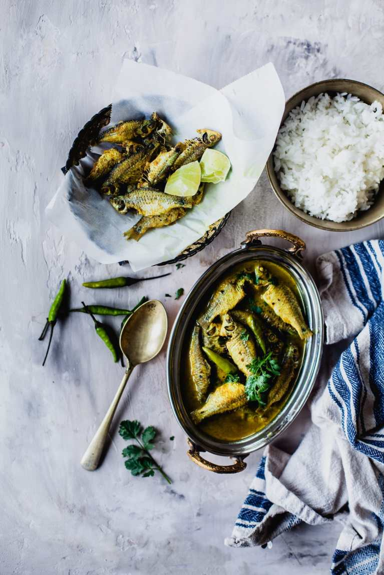 Puti Maach Er Tok (Tangy Fish Stew) | Playful Cooking