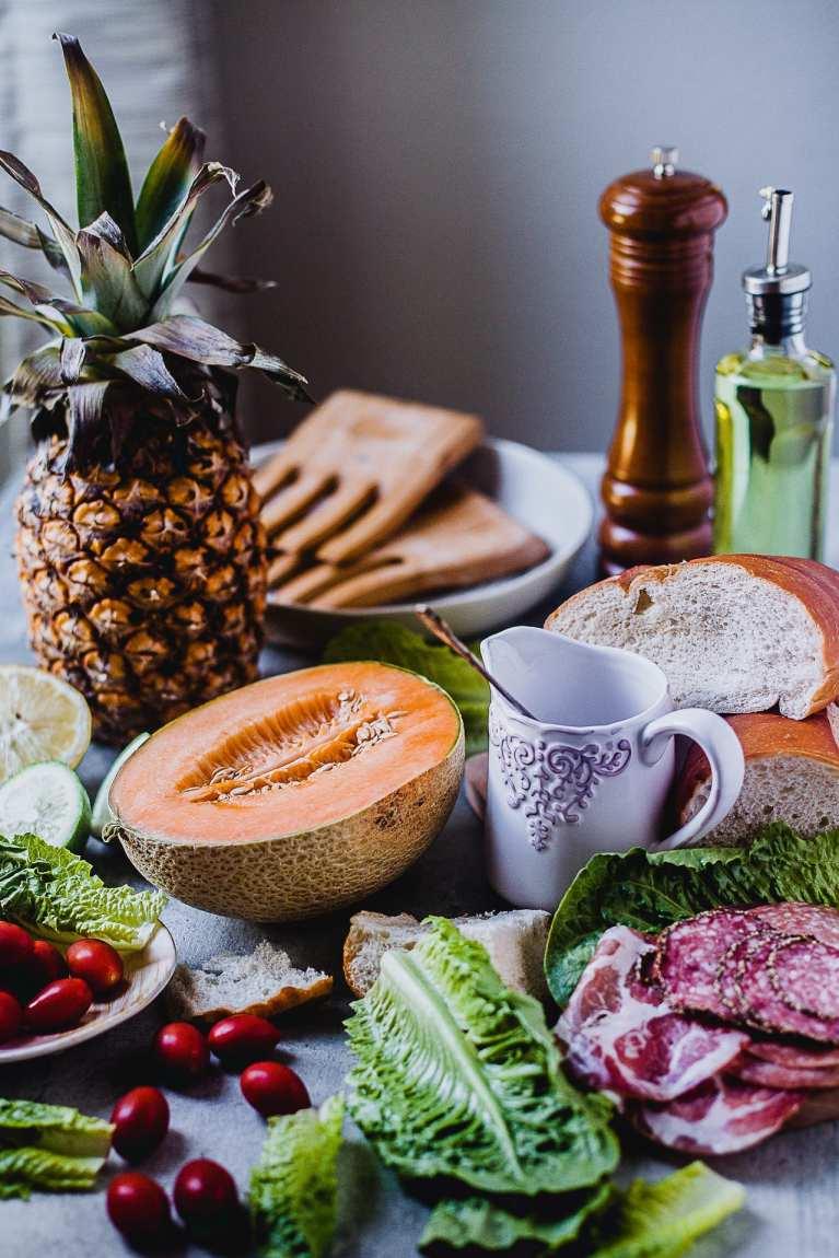 Fruit Cold Cut Panzanella Salad | Playful Cooking #panzanella #salad #summer #fruits