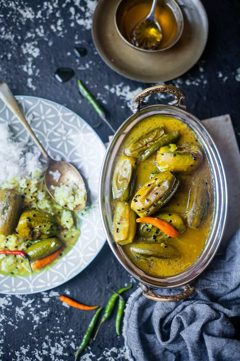 Tel Potol | Very Light Parwal / Pointed Gourd Curry | Playful Cooking #foodphotography #indian #curry #recipe #everyday #vegetarian #bengali