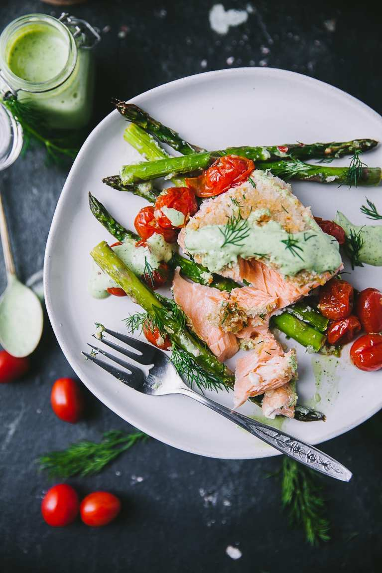 Quick healthy weeknight meal #asparagus #dill #sidedish #mustard #yogurt