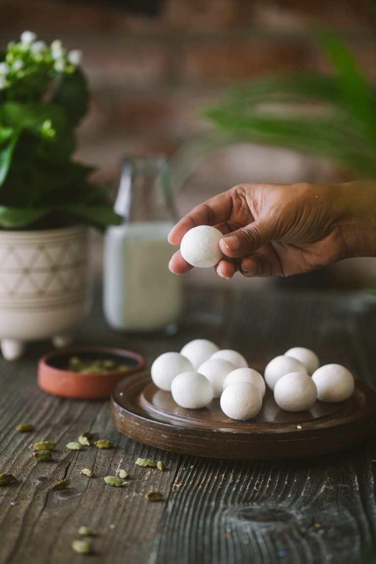 Shaping fresh cheese balls for Rasgulla/Roshogolla