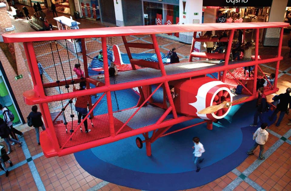 Un avion - 5 Aires de jeux remarquables