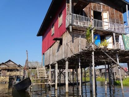 ©playingtheworld-village-flottant-lac-inle-myanmar-voyage-30