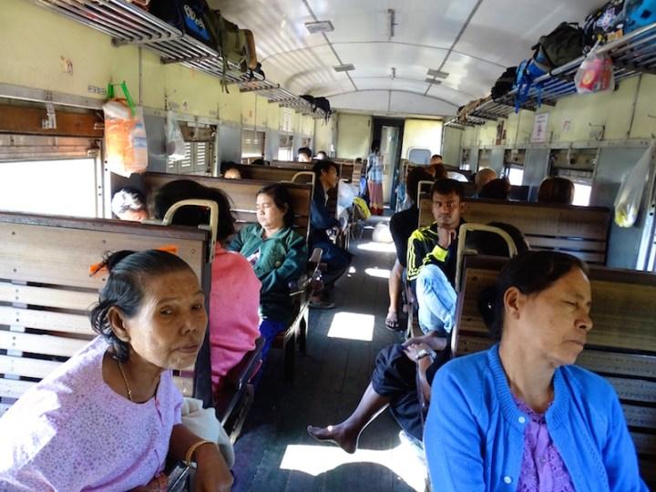 train-birmanie