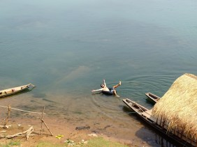 Bain dans le Mékong