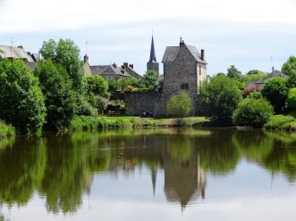 ©playingtheworld-week-end-mayenne-laval-chateau-35