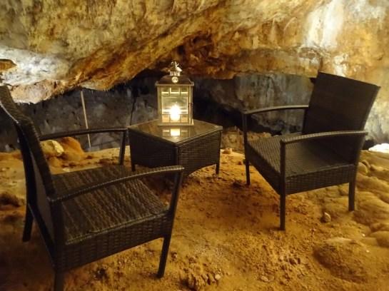 Notre petit salon avec vue sur les stalagtites