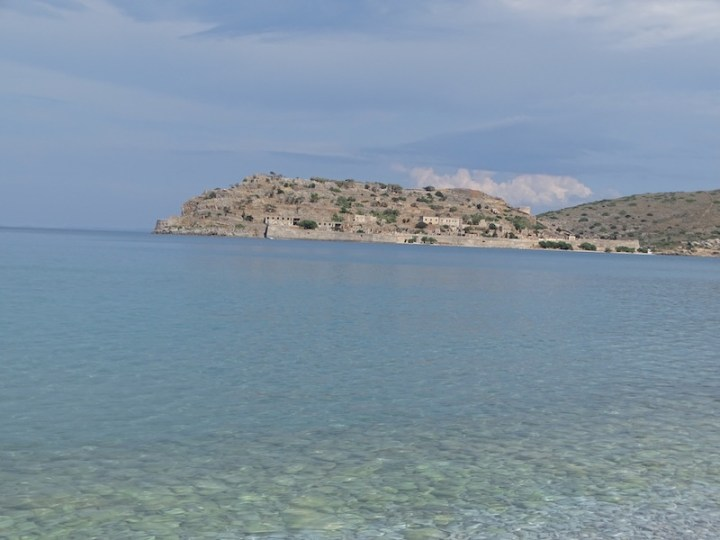@playingtheworld-crete-27