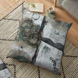 work-42941977-default-u-pillow-floor